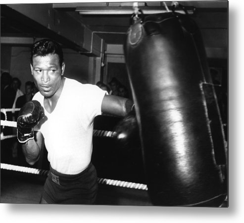 Event Metal Print featuring the photograph 1962 Boxing by Hulton Archive
