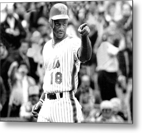 1980-1989 Metal Print featuring the photograph Darryl Strawberry Of The New York Mets by New York Daily News Archive