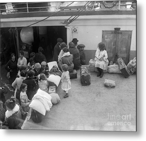 Child Metal Print featuring the photograph Italian Immigrant Children by Bettmann