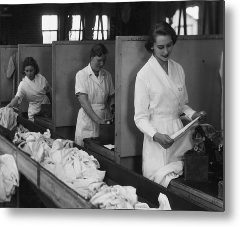 Working Metal Print featuring the photograph Laundry Workers by Chaloner Woods
