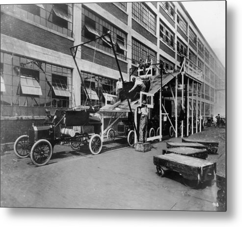 1910-1919 Metal Print featuring the photograph Mass Production by Hulton Archive