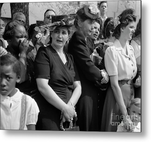 Crowd Of People Metal Print featuring the photograph Mourners Watch Fdrs Funeral Procession by Bettmann