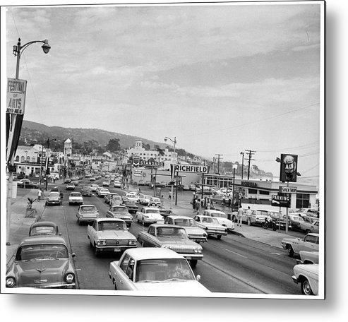Laguna Beach Metal Print featuring the photograph Sunday Traffic In Laguna Beach by American Stock Archive