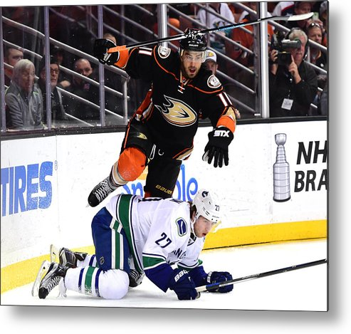 People Metal Print featuring the photograph Vancouver Canucks v Anaheim Ducks by Harry How