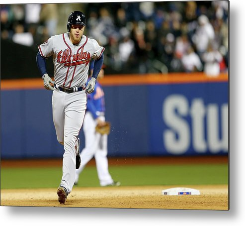 Residential District Metal Print featuring the photograph Freddie Freeman by Elsa