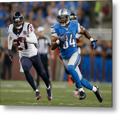 Houston Texans Metal Print featuring the photograph Houston Texans v Detroit Lions by Gregory Shamus