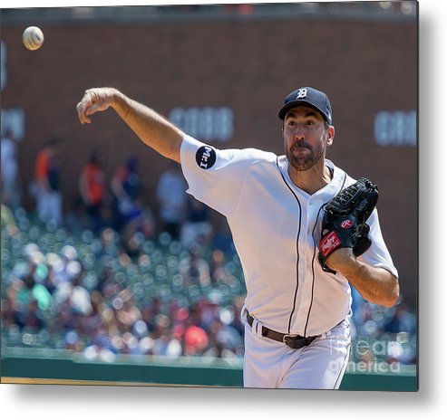 Three Quarter Length Metal Print featuring the photograph Justin Verlander by Dave Reginek