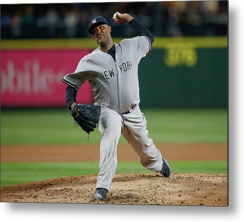 Second Inning Metal Print featuring the photograph New York Yankees V Seattle Mariners by Otto Greule Jr