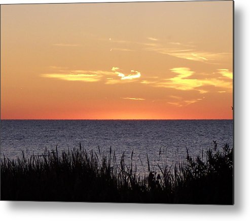 Sunset Metal Print featuring the photograph Heart Sunset by Michelle Miron-Rebbe