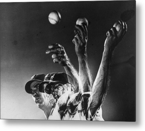 Curve Metal Print featuring the photograph Carl Hubbell by Gjon Mili