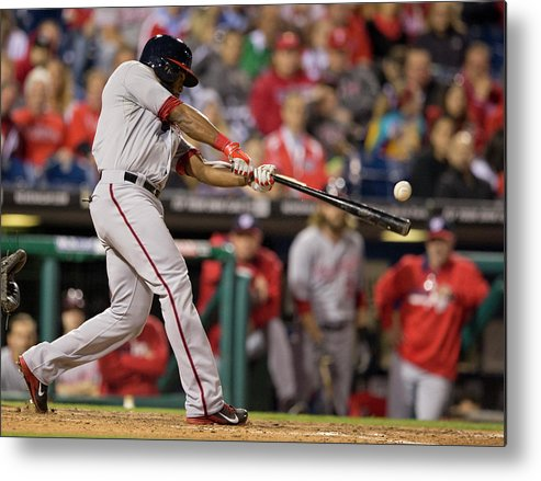 Citizens Bank Park Metal Print featuring the photograph Denard Span by Mitchell Leff