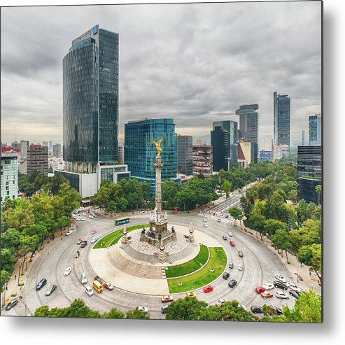 Mexico City Metal Print featuring the photograph The Angel Of Independence, Mexico City by Sergio Mendoza Hochmann