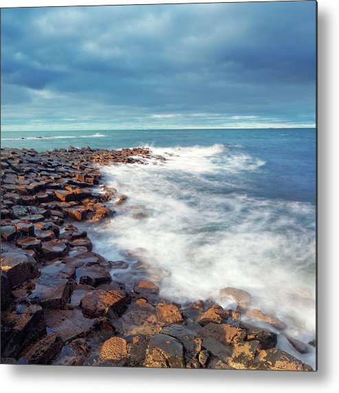 Water's Edge Metal Print featuring the photograph Giants Causeway On A Cloudy Day by Mammuth