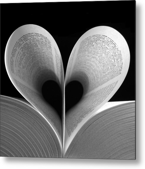 Love Metal Print featuring the photograph Love Reading by Illusorium Illustration