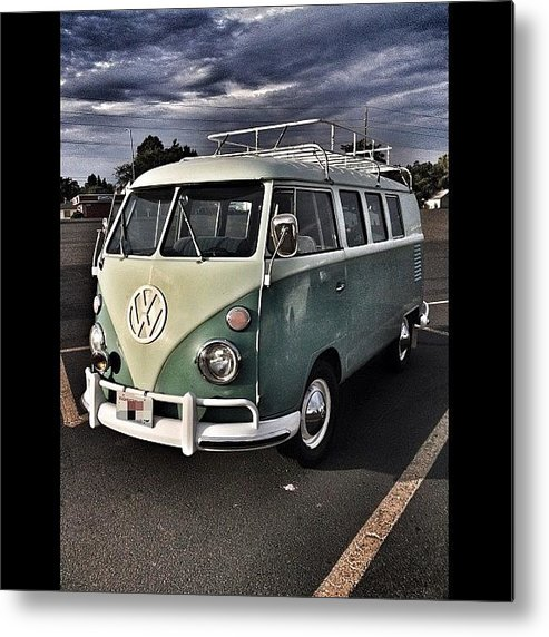 Hdr Metal Print featuring the photograph Vintage Volkswagen Bus 1 by Couvegal Brennan