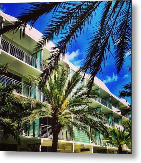 Miamiarchitecturephotography Metal Print featuring the photograph National Hotel, Miami Beach by Juan Silva