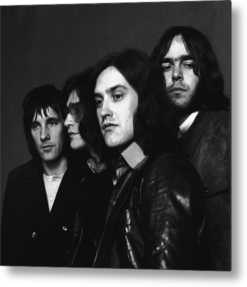 People Metal Print featuring the photograph Portrait Of The Kinks by Jack Robinson