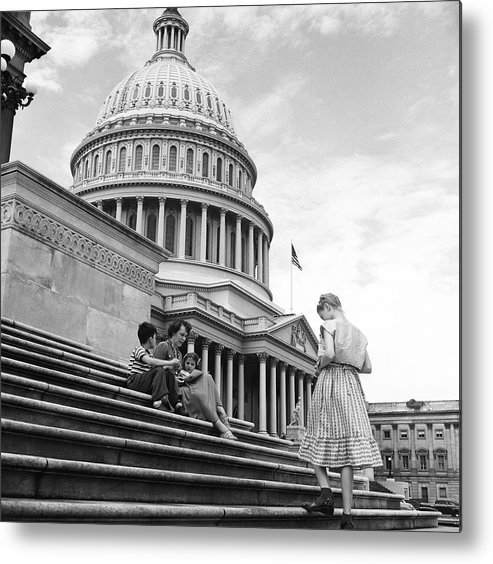 Sibling Metal Print featuring the photograph Outside The Capitol by Rae Russel