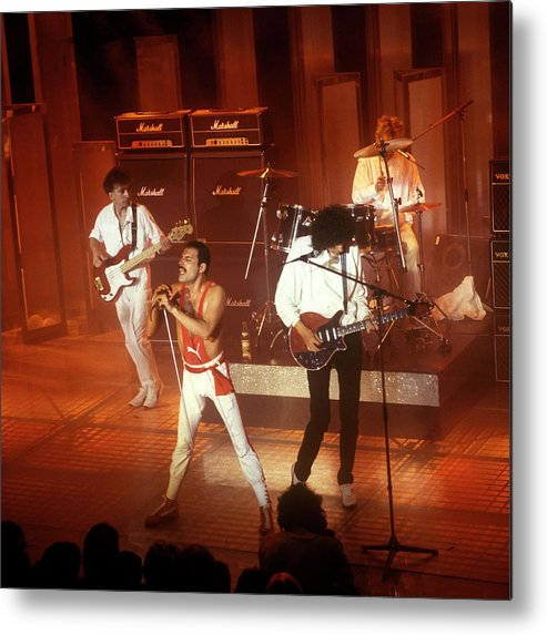 1980-1989 Metal Print featuring the photograph Photo Of Queen And Freddie Mercury And by David Redfern