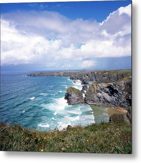 Water's Edge Metal Print featuring the photograph Picturesque Cornwall - Bedruthan by Chrisat