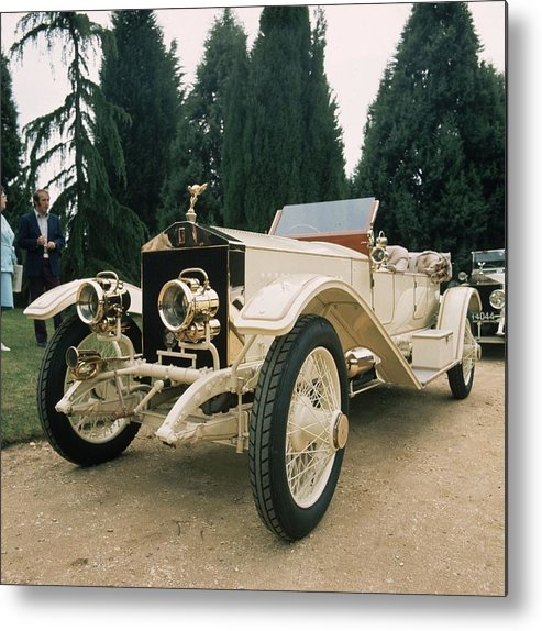 Rolls Royce Metal Print featuring the photograph Rolls Royce by Graham French