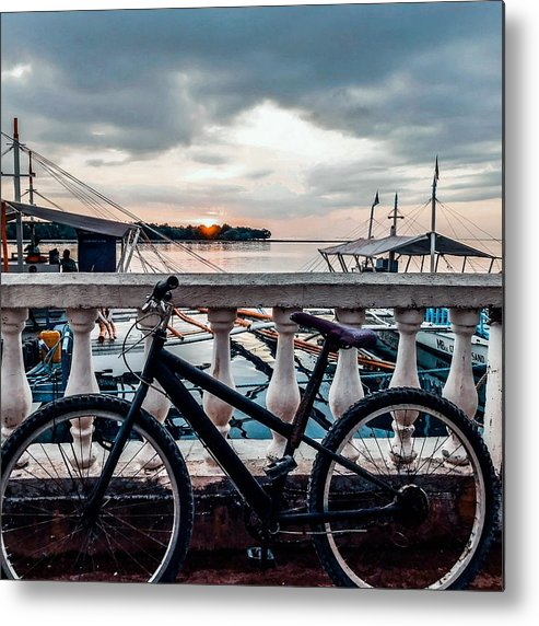 Bike Metal Print featuring the photograph Traveller's point by Dynz Abejero