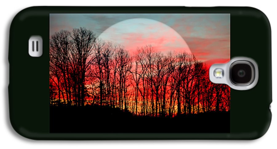 Super Moons Galaxy S4 Case featuring the photograph Moon Dance by Karen Wiles