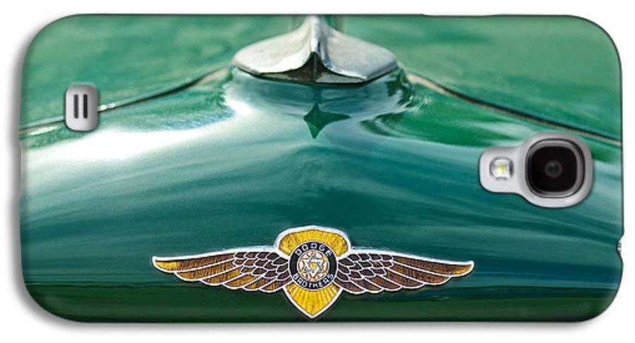 1934 Dodge Galaxy S4 Case featuring the photograph 1934 Dodge Hood Ornament Emblem by Jill Reger