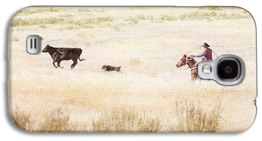 Cowboy Galaxy S4 Case featuring the photograph Round Up by Cindy Singleton