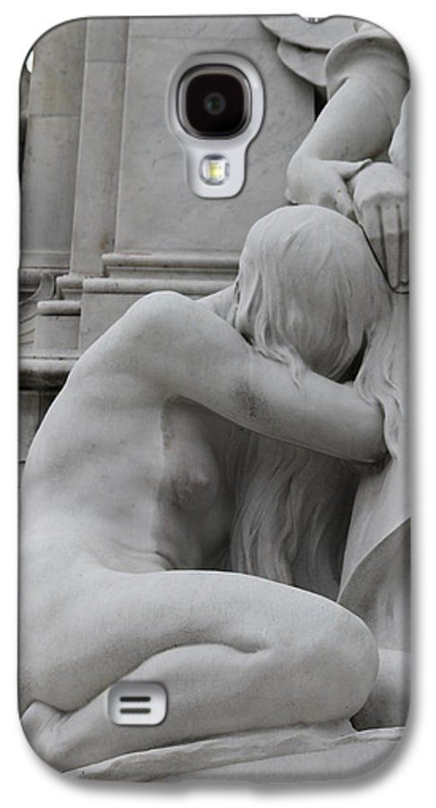 Sad Sadness Girl Female Woman Angel Statue Portrait Expressionism Photograph Memorial War London Buckingham Palace Galaxy S4 Case featuring the photograph Sadness by Steve K