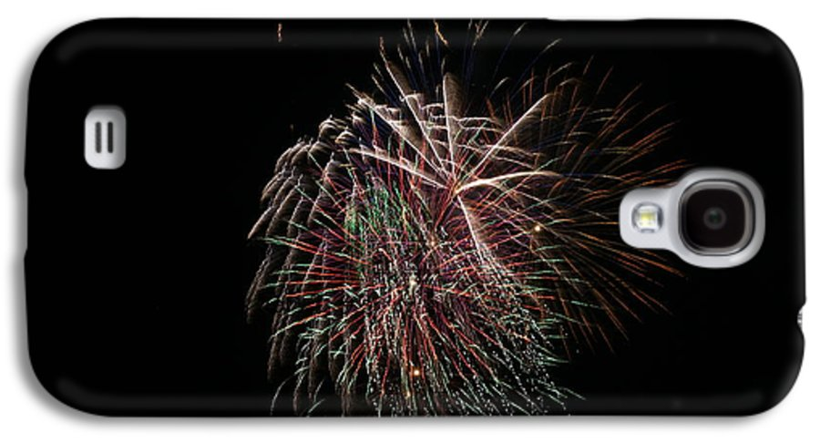 Fireworks Galaxy S4 Case featuring the photograph 4th Of July Fireworks by Alan Hutchins