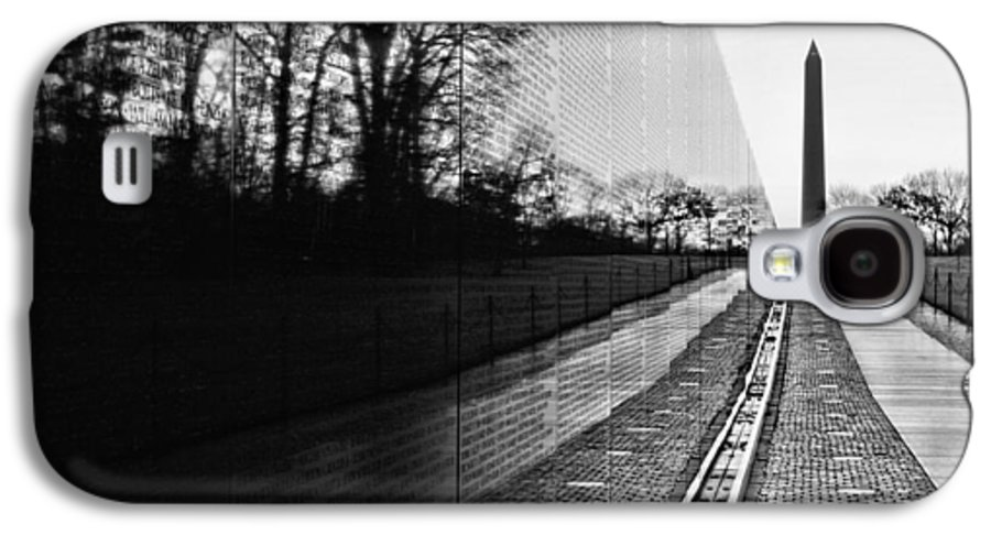 Vietnam Wall Galaxy S4 Case featuring the photograph 58286 by JC Findley