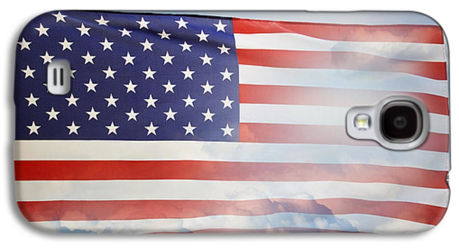 American Galaxy S4 Case featuring the photograph American Flag by Les Cunliffe
