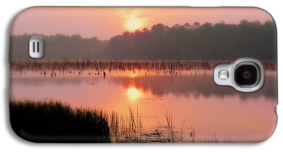 Alabama Galaxy S4 Case featuring the photograph A Wetlands Sunrise by JC Findley