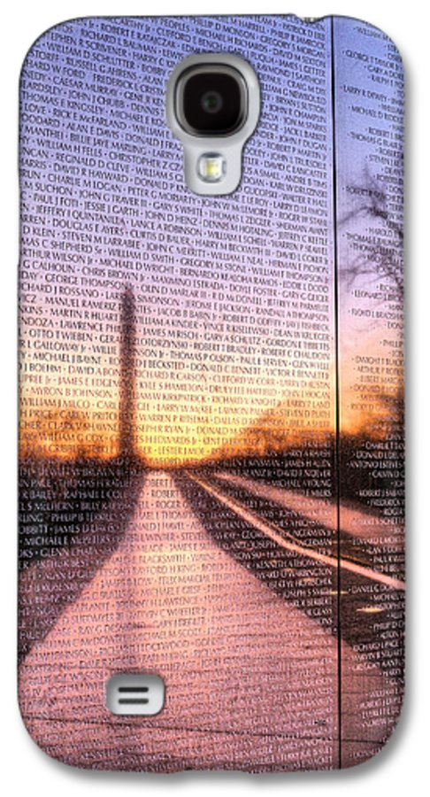 Vietnam Wall Galaxy S4 Case featuring the photograph Always Remembered by JC Findley