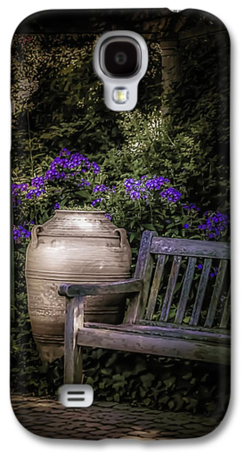 Garden Galaxy S4 Case featuring the photograph As Evening Falls by Julie Palencia