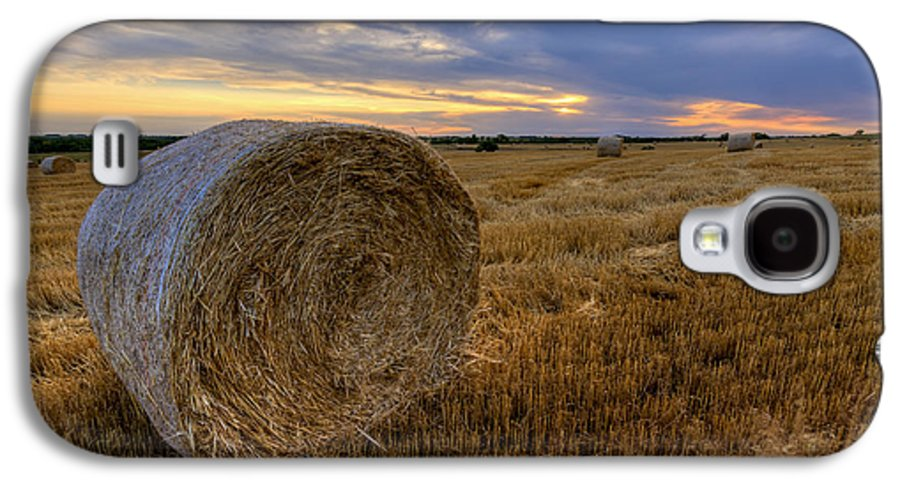 Fine Art America Galaxy S4 Case featuring the photograph Baled by Scott Bean
