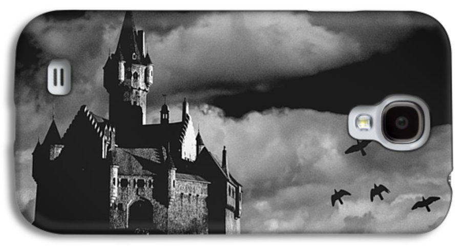 Building Galaxy S4 Case featuring the photograph Castle In The Sky by Bob Orsillo
