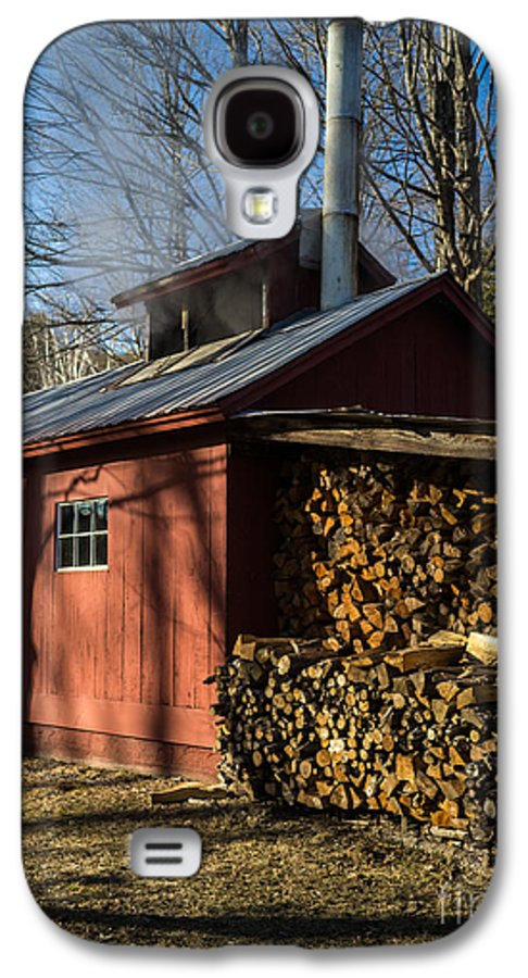 Shack Galaxy S4 Case featuring the photograph Classic Vermont Maple Sugar Shack by Edward Fielding