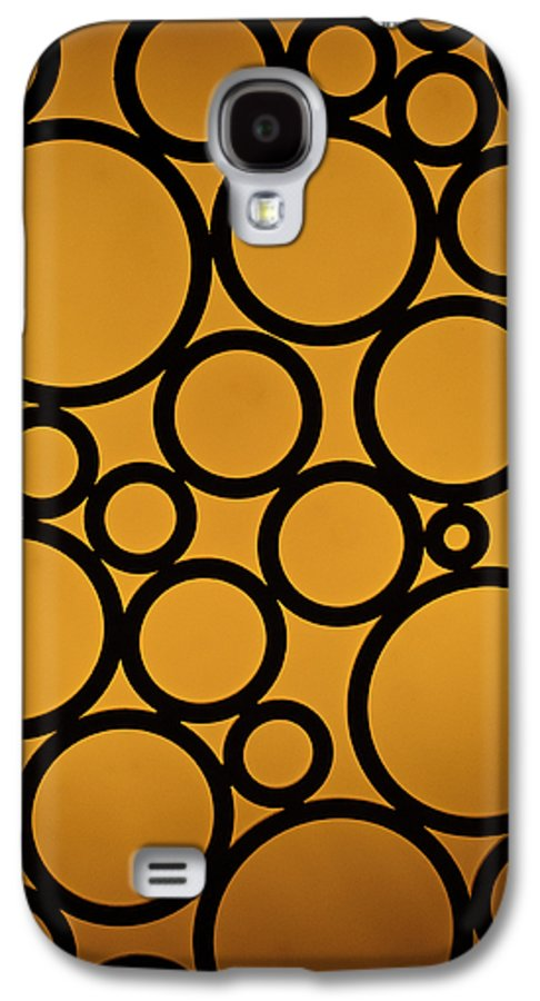 Abstract Galaxy S4 Case featuring the photograph Come Full Circle by Christi Kraft
