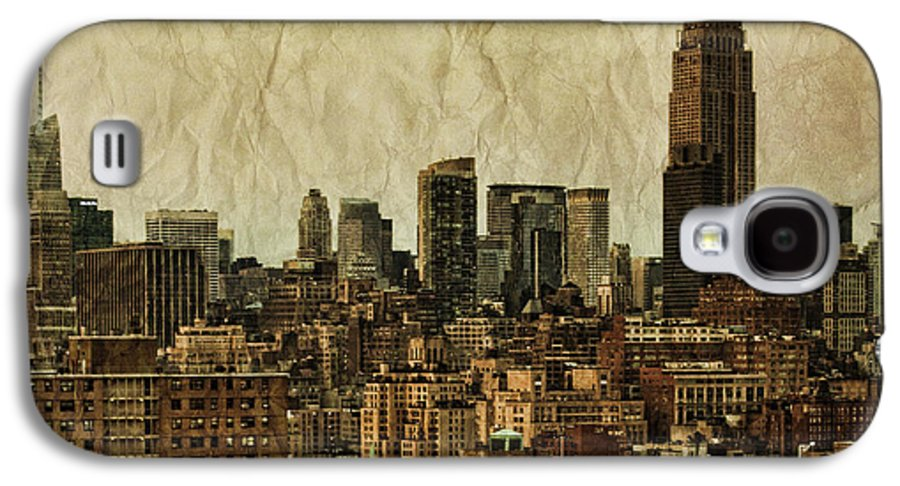 New Galaxy S4 Case featuring the photograph Empire Stories by Andrew Paranavitana
