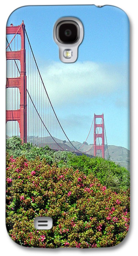 Golden Gate Bridge Galaxy S4 Case featuring the photograph Golden Gate by Suzanne Gaff