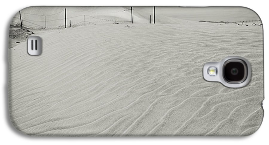 Palm Desert Galaxy S4 Case featuring the photograph Inevitable by Laurie Search