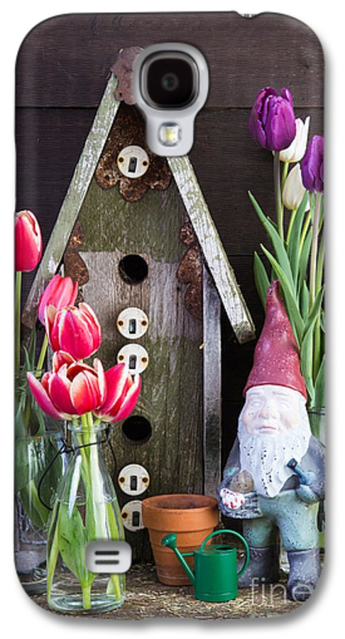 Barn Galaxy S4 Case featuring the photograph Inside The Garden Shed by Edward Fielding