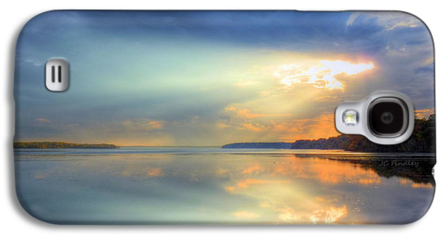 Sun Rays Galaxy S4 Case featuring the photograph Let There Be Light by JC Findley