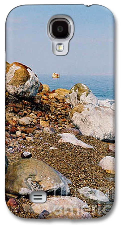 Dead Sea Galaxy S4 Case featuring the photograph Lot's Wife by Kathy McClure