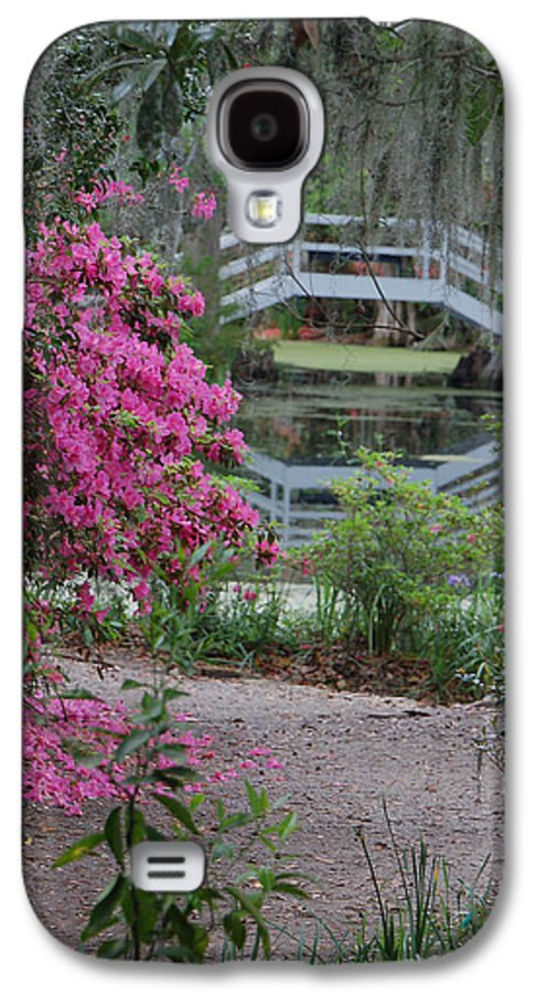 Garden Galaxy S4 Case featuring the photograph Lowcountry Series II - Ode To Monet by Suzanne Gaff
