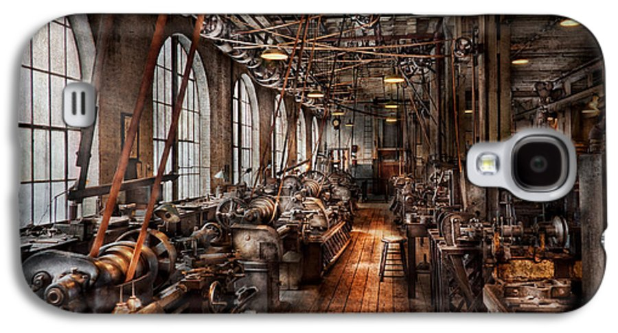 Hdr Galaxy S4 Case featuring the photograph Machinist - A Fully Functioning Machine Shop by Mike Savad