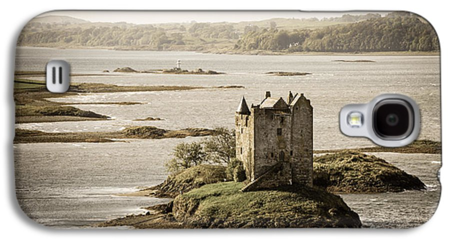 Ancient Galaxy S4 Case featuring the photograph Stalker Castle Vintage by Jane Rix