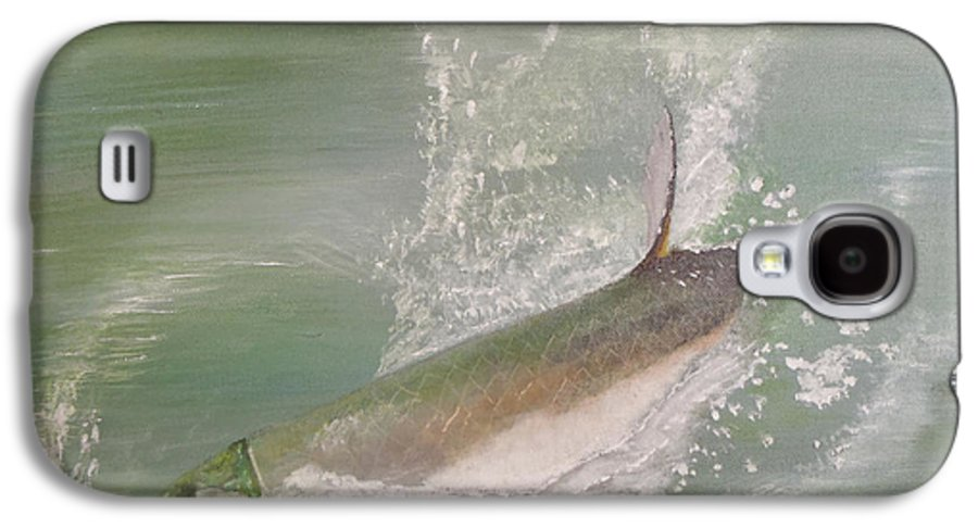 Tarpon Breaking Water Galaxy S4 Case featuring the painting Tarpon Breaking Water by Tony Rodriguez